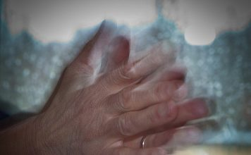 Seven Amazing Benefits of Clapping